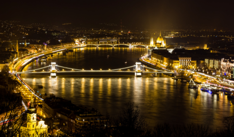 Wow-Budapest-May-Ronald-Papp